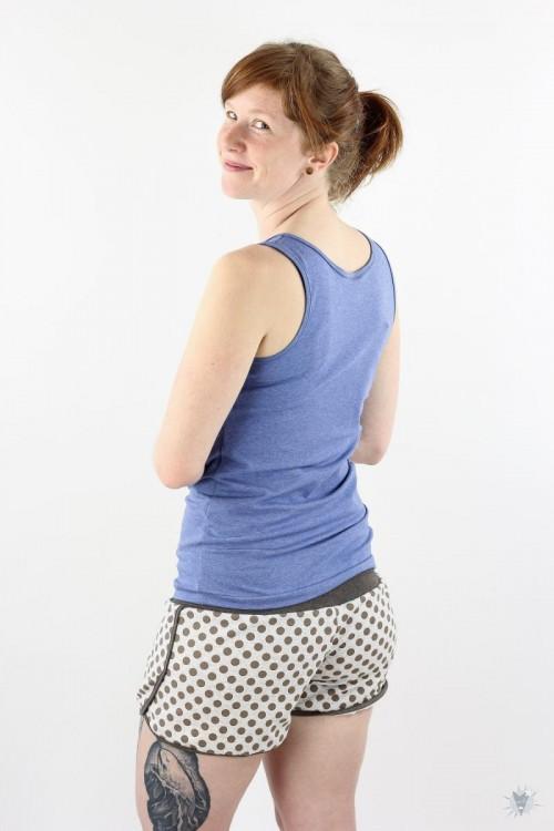 kurze Sommersweat-Hose beige mit braunen Punkten, braun melierte Jerseybündchen