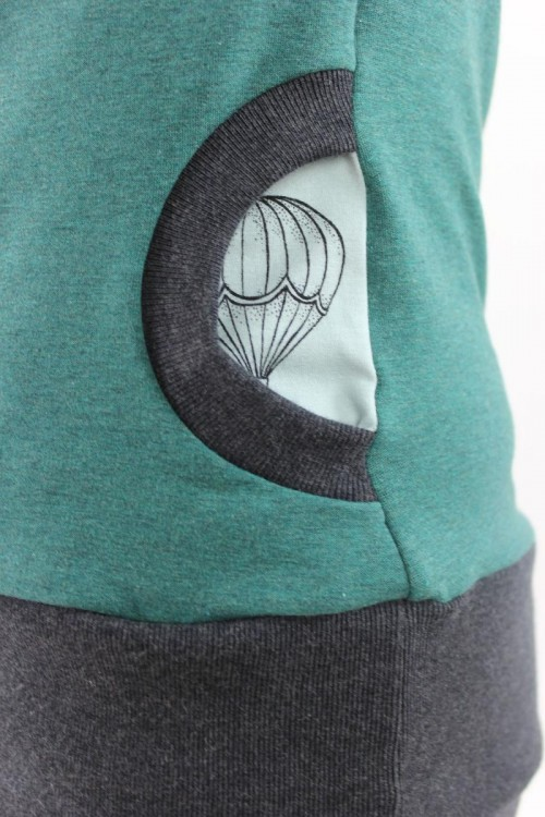 Damen-Kapuzenpulli grün meliert mit Heißluftballons