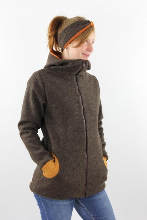 Damen-Wolljacke braun mit Punkten auf orange