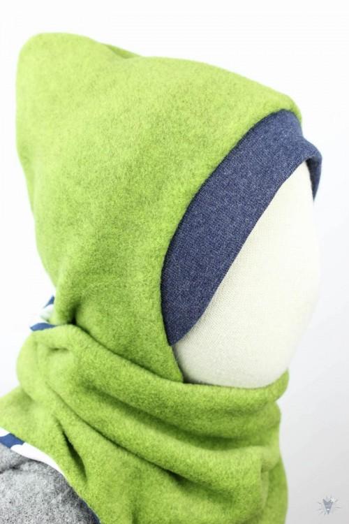 Kinder-Fleecemütze zum Wenden, grün meliert/Wolken auf blau