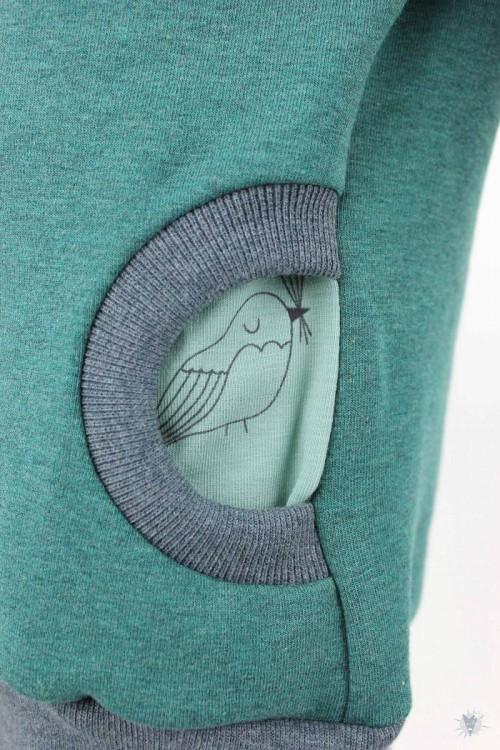 Kinder-Kapuzenpulli, grün meliert mit Wintervögeln
