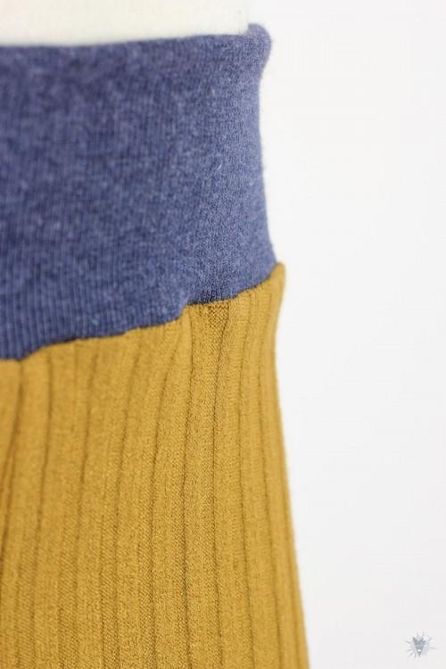 Kinder-Leggings aus Ripp-Viskosejersey ocker