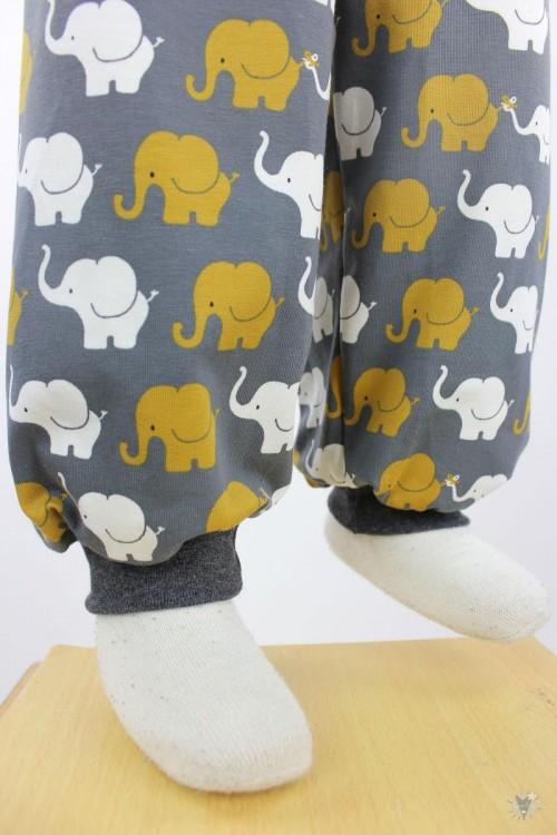 Kinder-Jerseyhose mit Elefanten auf dunkelgrau