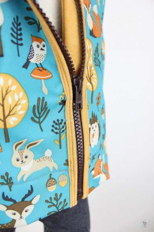 Kinder-Softshelljacke türkis mit Waldtieren, gelb meliert