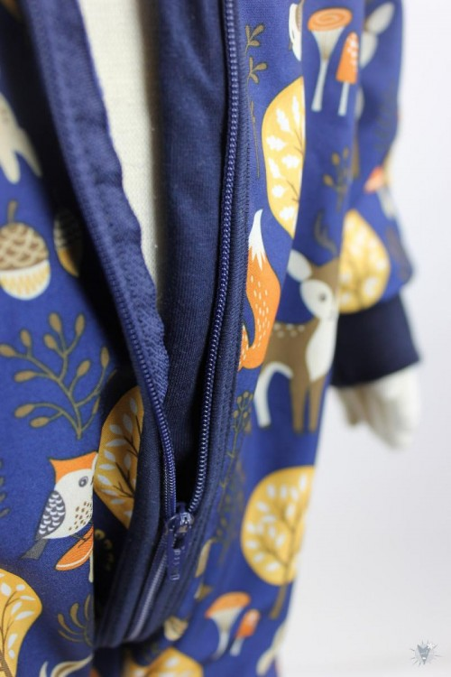 Softshellanzug dunkelblau mit Waldtieren, marine