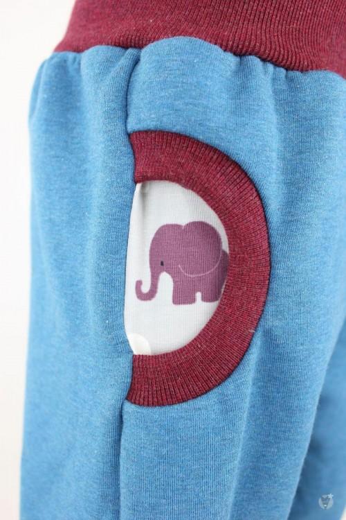 Tobehose blau meliert mit Elefanten auf hellgrau