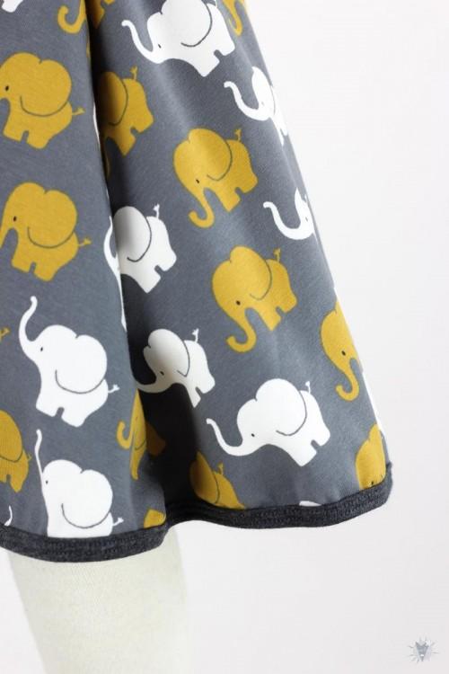 Kinder-Tellerrock mit Elefanten auf grau ca. bis 6/7 Jahre