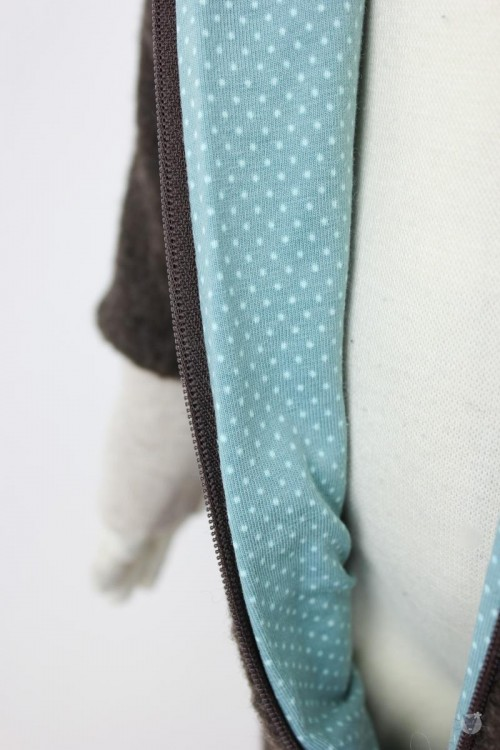 Kinder-Wollanzug braun mit mintfarbenen Punkten, wächst mit
