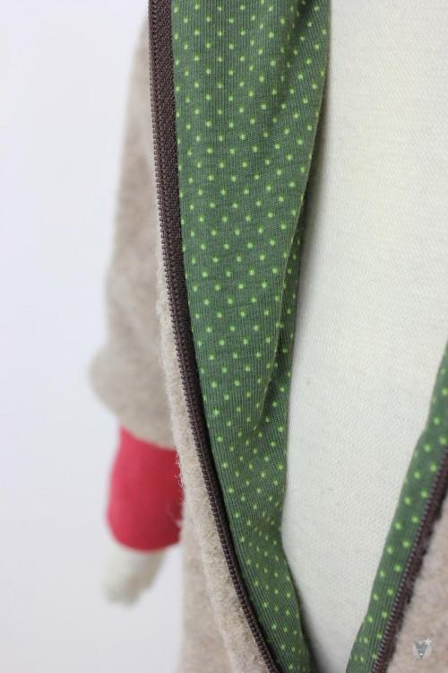 Kinder-Wollanzug beige mit grünen Punkten, wächst mit