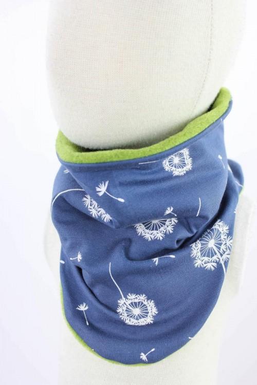 Fleece-Schlupfschal zum Wenden grün meliert mit Pusteblumen auf blau