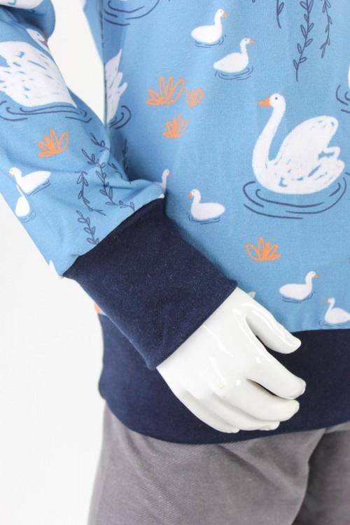 Kinder-Longsleeve blau mit Schwänen BIO-STOFFE