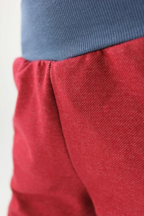 Tobehose rot und blau Bio-Stoffe
