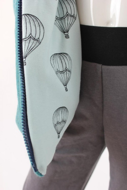 Kinder-Wolljacke petrol meliert mit Heißluftballons BIO-STOFFE