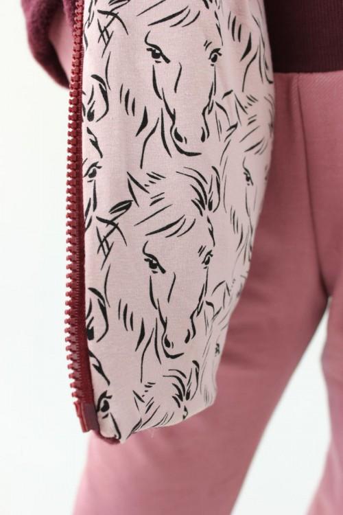 Kinder-Wolljacke beere mit rosa Pferden