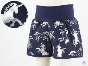 kurze Hose für Kinder mit silbernen Einhörnern *GLITZEREFFEKT*