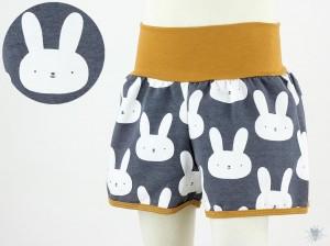 kurze Hose für Kinder mit Hasen auf anthrazit