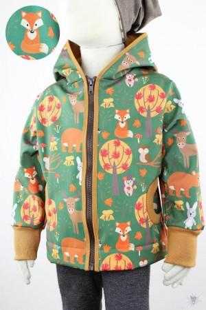 Kinder-Softshelljacke grün mit Waldtieren, ocker, mit Kapuze und Reißverschluss 98/104