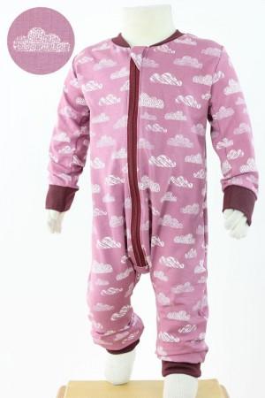 Strampelanzug rosa mit Wolken BIO-STOFFE