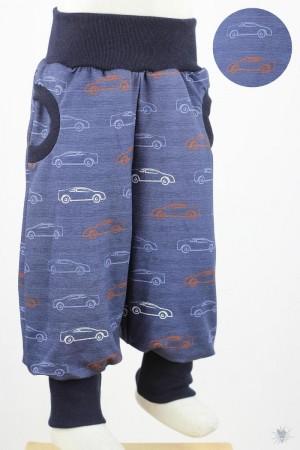 Tobehose mit Autos auf blau meliert