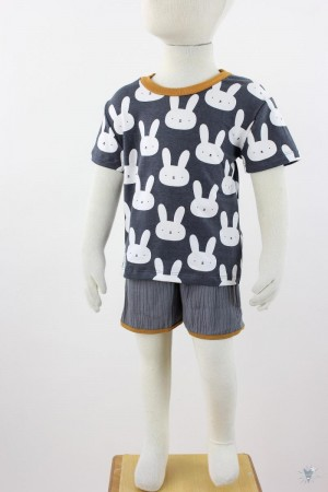 graues Kinder-T-Shirt mit Hasen