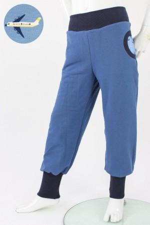 Tobehose für Kinder taubenblau mit Flugzeugen 110/116