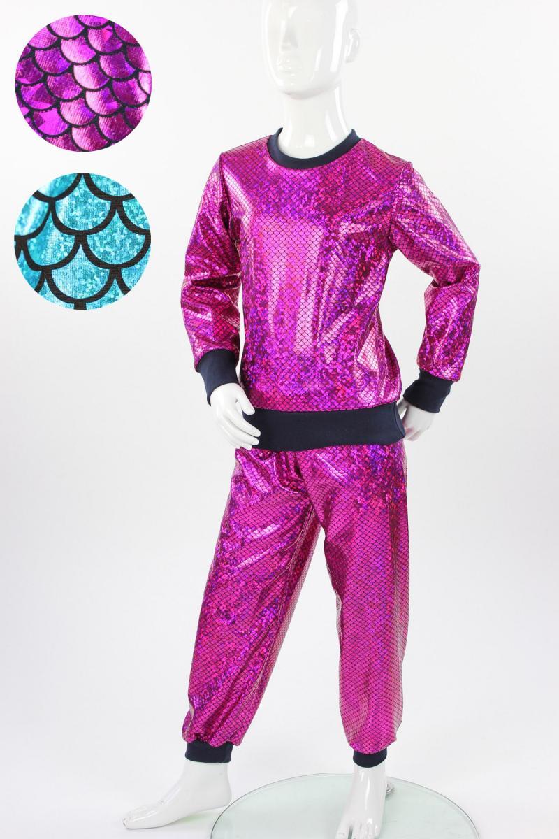 glitzernder Anzug mit Fischschuppenmuster in blau oder pink